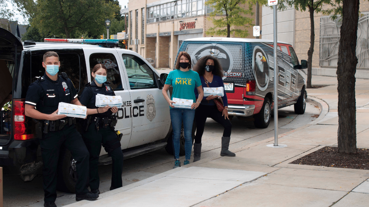Loretta Kryshak Delivers Facemasks to all MPD